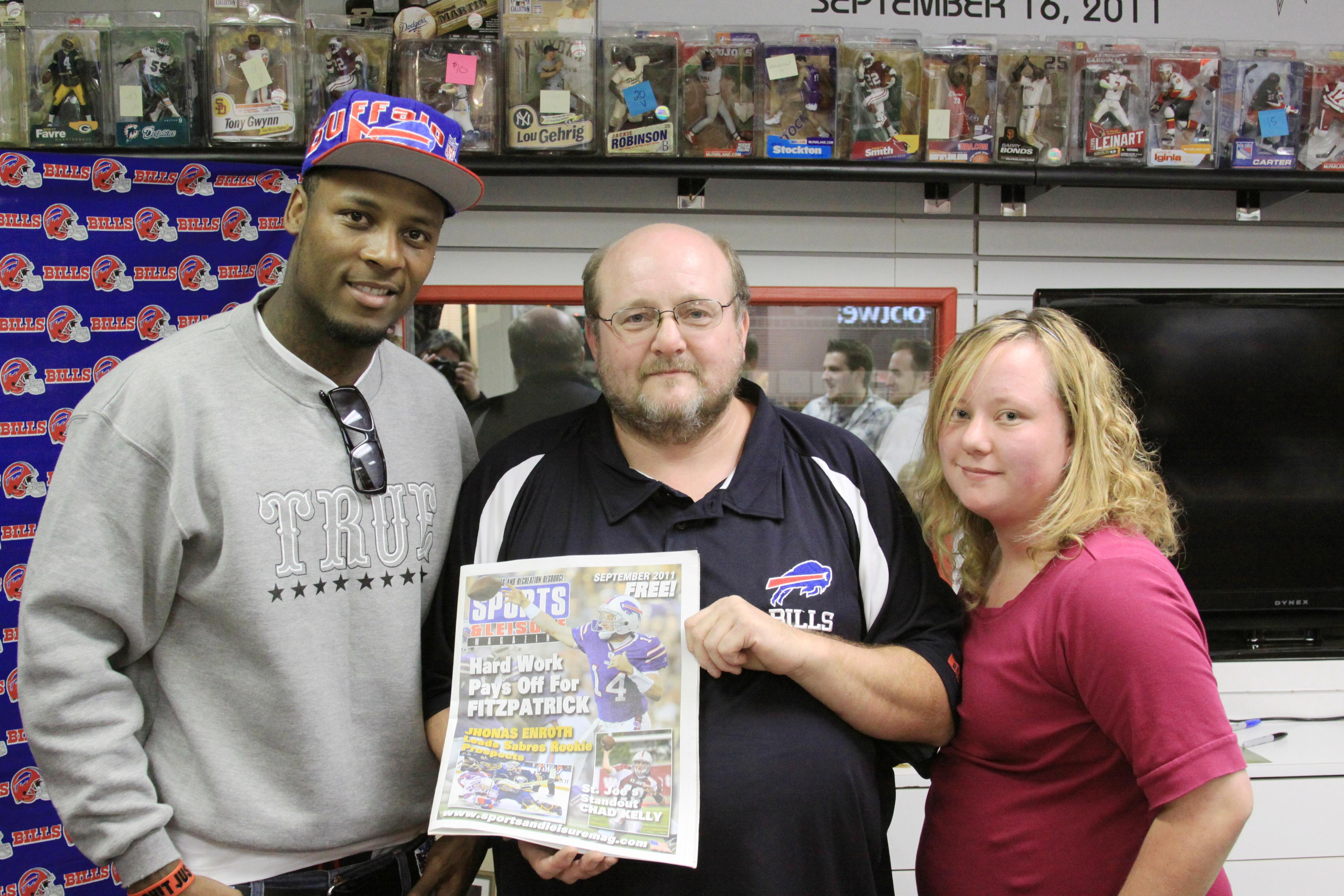 Bills WR Stevie Johnson a Guest at Center Ice Sports Cards